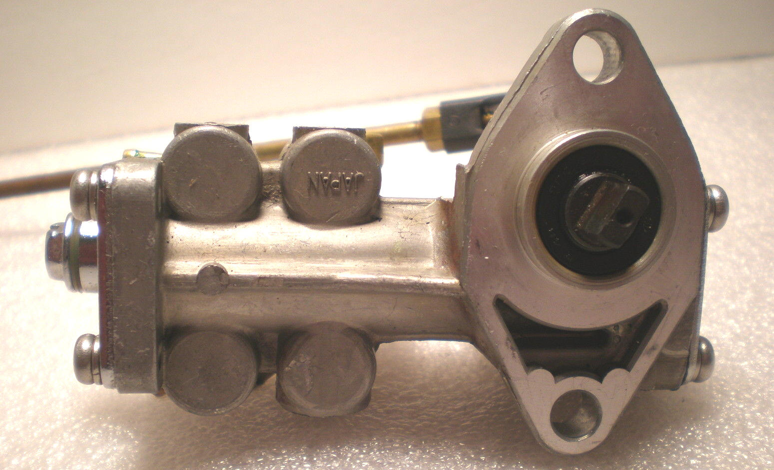 Nissan Marine Outboard Oil Pump